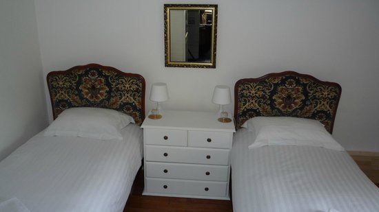 Le Soleil d'Or : twin room - non smokinTwin room (shared bathroom) - non smokingg