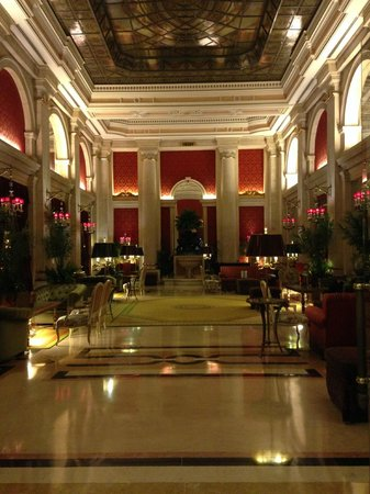 Hotel Avenida Palace : Salão interno