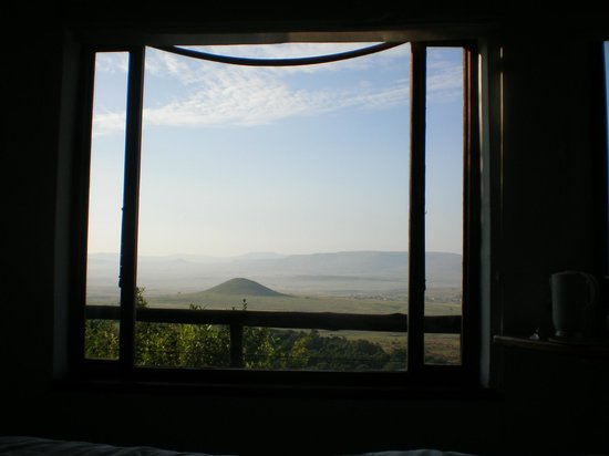 Isandlwana Lodge: Morning view from bed