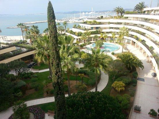 Holiday Inn Nice - Saint Laurent Du Var : Waking up to this