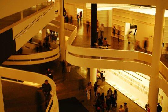 Ciccillo Matarazzo Pavilion : Bienal de São Paulo