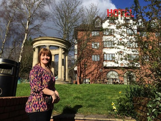 Britannia Country House Hotel & Spa: The Lady of the Manor