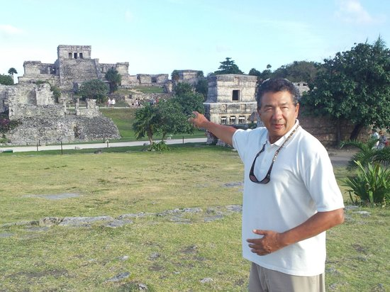 Chichen Itza With Jerry: Jerry (a/k/a Gerardo Ham) private tour of Tulum main archeological site.