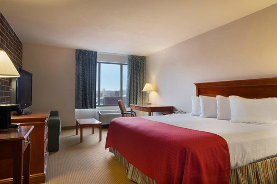 RAMADA BY WYNDHAM WATERLOO HOTEL AND CONVENTION CENTER $59