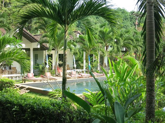 Privacy Resort Koh Chang: pool und bungalow