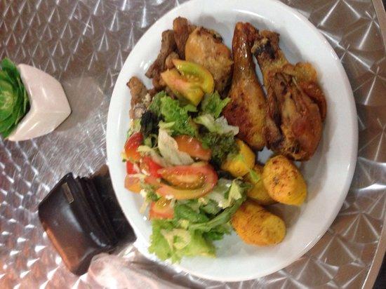 Photo of Brazilian Restaurant Manjericao Bistro at Rua Visconde De Piraja 580, Rio de Janeiro 22410-002, Brazil