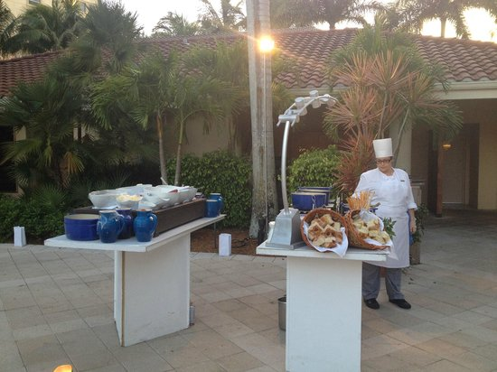 The Ritz-Carlton, Naples: Buffett at wedding reception