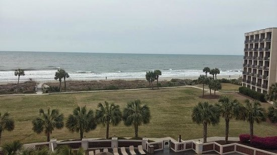 Springmaid Oceanfront Resort Myrtle Beach: View of the beach from our balcony