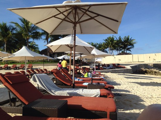 Crimson Resort and Spa, Mactan : View