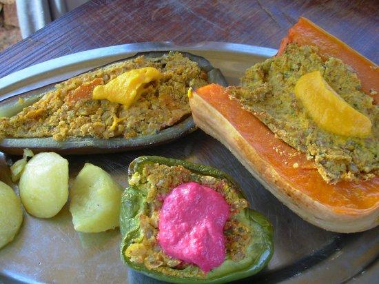 Hostería Vegetariana: Almuerzo (servido opcionalmente al aire libre)