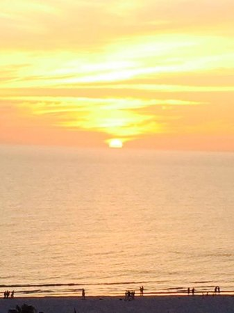 Marco Beach Ocean Resort : Sunset from roomn 1201 - dead center