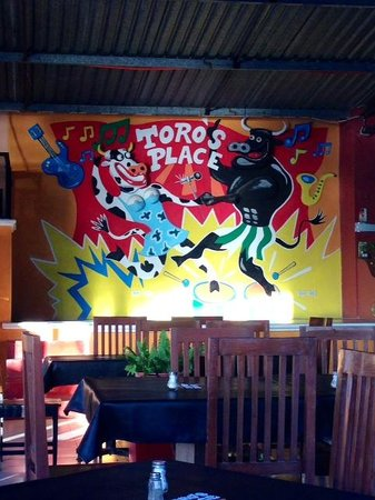 Toro's Place: Love the vibe!