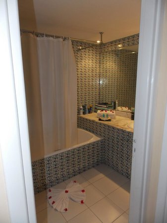 Odyssee Resort & Thalasso : salle de bain