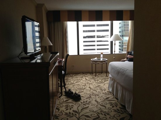 Omni Charlotte Hotel: from coming in the door