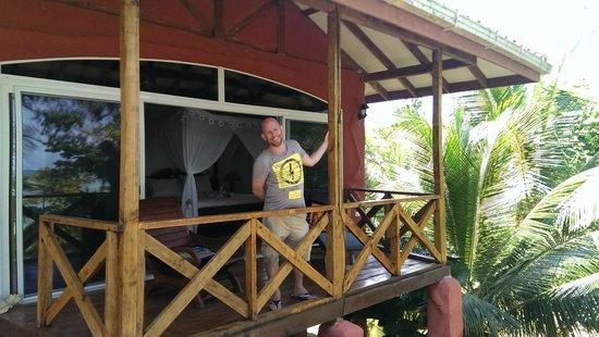 Popa Paradise Beach Resort: room + terrace