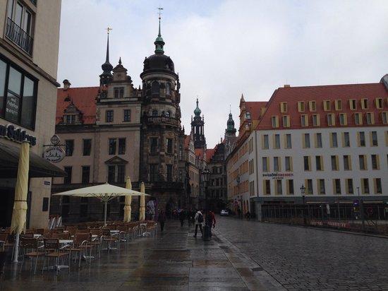 Swissotel Dresden: From outside nice