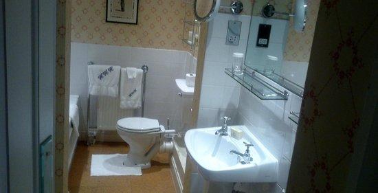 Middlethorpe Hall & Spa : bathroom