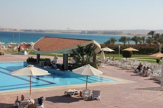 Old Palace Resort: Pool bar