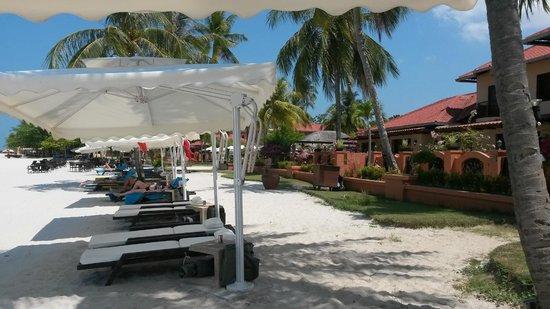 Casa del Mar, Langkawi : Looking back from beach
