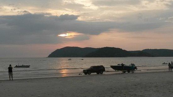 Casa del Mar, Langkawi : Sun going down