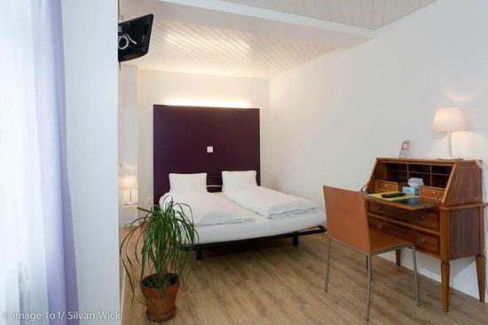 Hotel Vadian: Zimmer in Lila