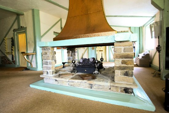 The Edge Accommodation: Fire Place