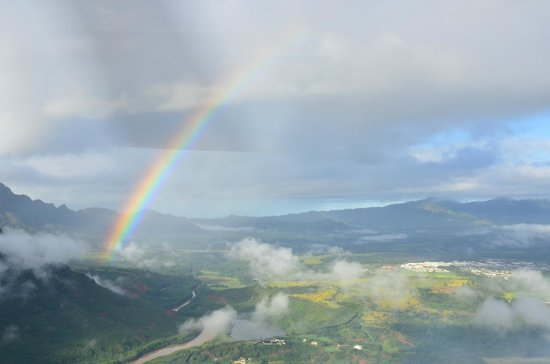 Jack Harter Helicopters - Tours : Rainbow - soon after takeoff in Lihue