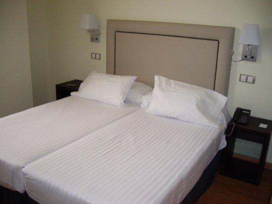 Hotel Dome: habitacion