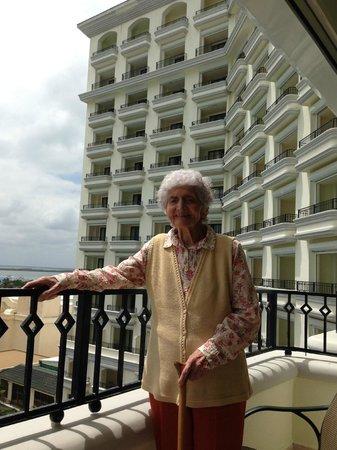 JW Marriott Cancun Resort & Spa: PISCINA DE NOCHE