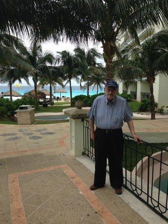 JW Marriott Cancun Resort & Spa: ZONA PISCINAS