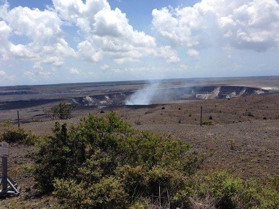 Thomas A. Jaggar Museum: The caldera and crater