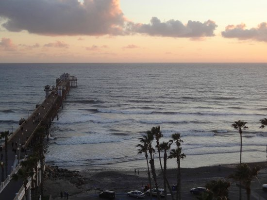Wyndham Oceanside Pier Resort: View from sky lounge