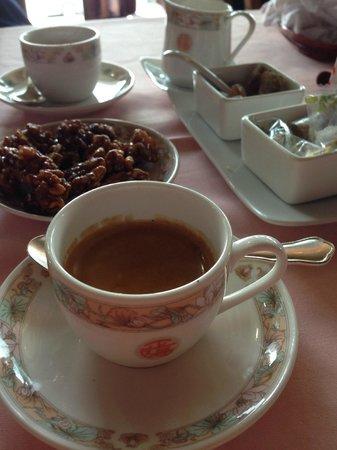 Tse Yang: caffe