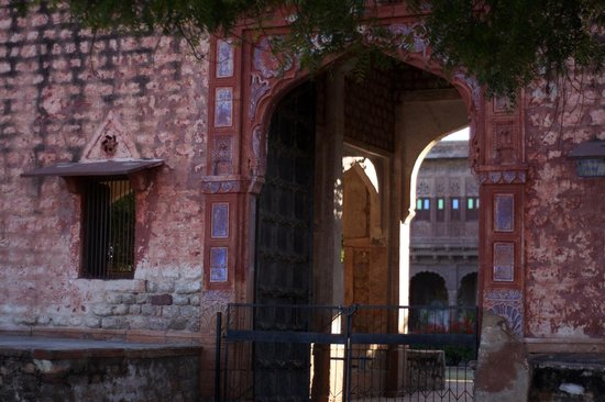 Chandelao Garh : Old restored haveli or house