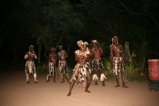Gorges and Little Gorges Lodge: Local Dancers