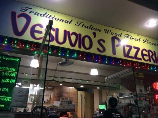 Vesuvio's Pizzeria: Pizza&more