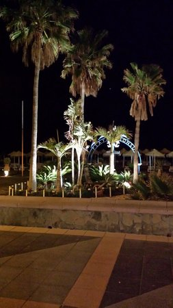 La Carihuela : Beach at night