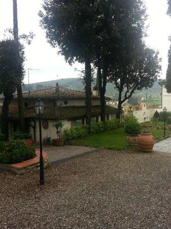 Relais Villa Il Sasso Historical Place: Particolare dell'esterno