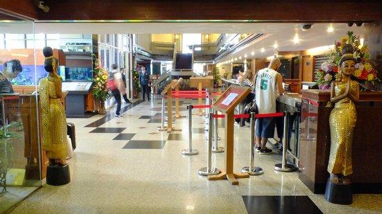 Nasa Vegas Hotel: recepcion