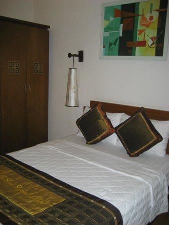 Tu Linh Legend Hotel: 最初の部屋