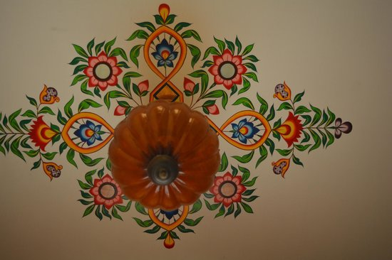 Sunder Palace Guest House: Ceiling..