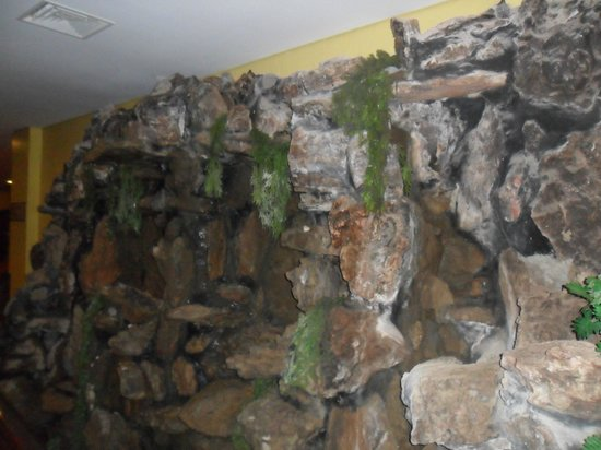 Vila Gale Fortaleza: Cascata do Hotel