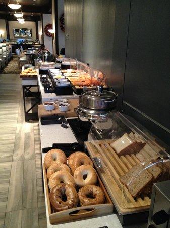 Hyatt Regency Vancouver: breakfast buffet