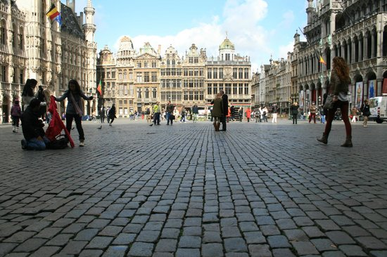 Grand Place/Grote Markt: Grand place by day..