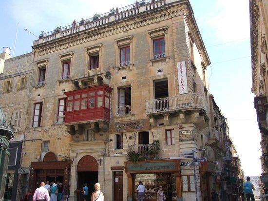 Luciano Valletta Boutique Accommodation : Наш бутик-отель.