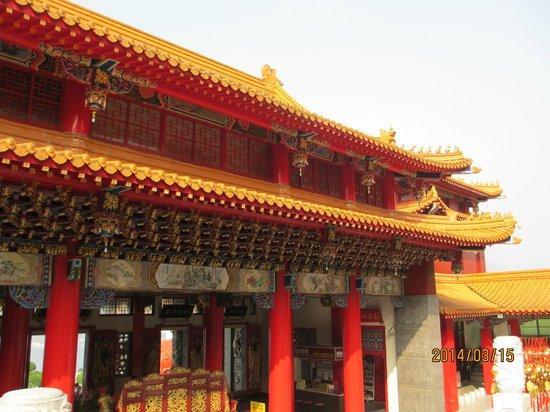 Wen Wu Temple : 廟(裏側)