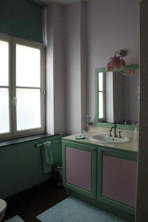 Bed and Breakfast Taptoe : Sólo la mitad del baño