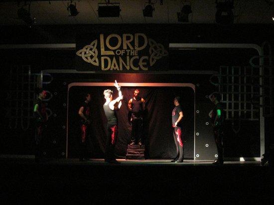 SENTIDO Phenicia: Lord of the Dance