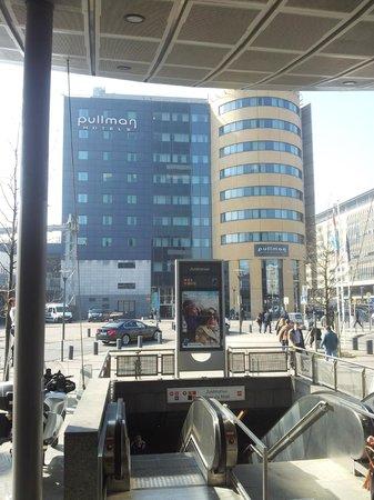 Pullman Brussels Centre Midi Hotel : façade de l'hôtel