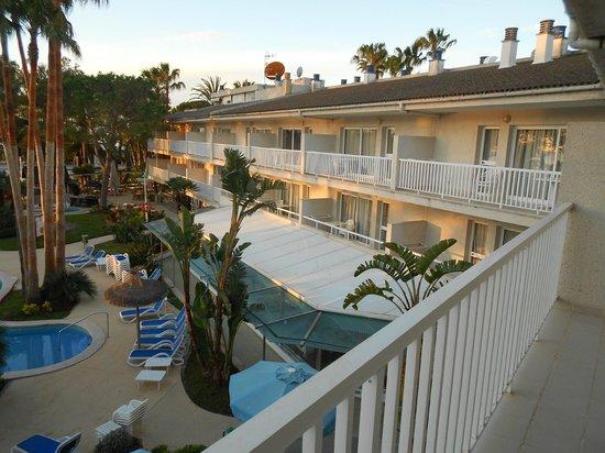 Aparthotel Orquidea Playa: View from balcony